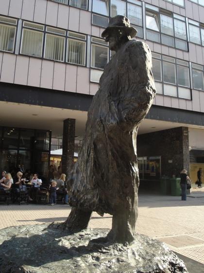 Básníkův pomník v Záhřebu
